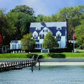 Harbor Knoll Bed & Breakfast