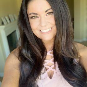 Emily Henning | Showit and Brand Designer