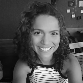 Nathália Moura