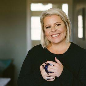 Ashley Knight | Strategies for Social Media + Branding + Online Marketing