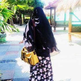 Dian Ravi | Food, Travel, Lifestyle Blogger