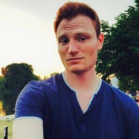 Bastian Lotze I Social Media Expert