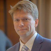 Mariusz Makowski