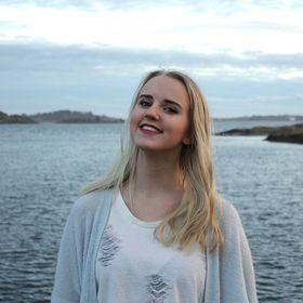 Ingrid Simonette Moen