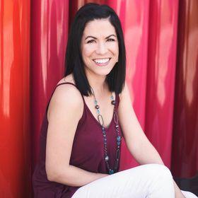 Author Rachel Del