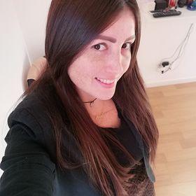 Angela Hernández Zambrano