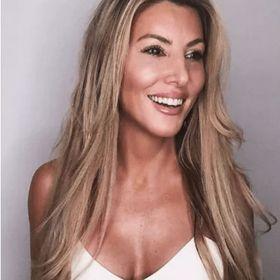 Brenda Della Casa (Official)