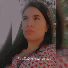 Edilaine Prado