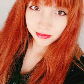 Esmeralda Suzuki (鈴木)