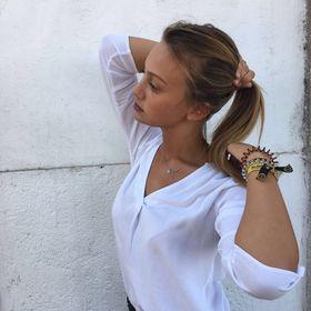 Anna Guerrini