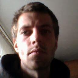 Dariusz J