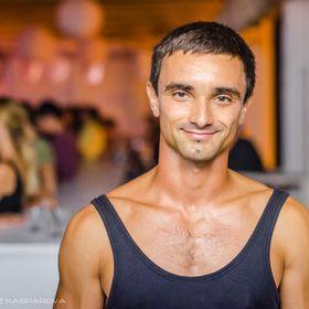 Max Sheva