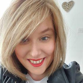 Tracy walls makeup artist