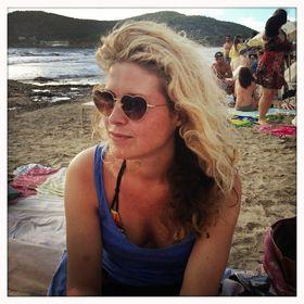 33d990eacda Fanny Wanders (msdutchie72) on Pinterest