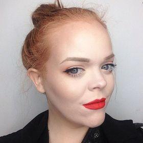La Belle Sirene Beauty & Style Blog | Courtney