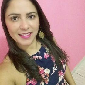 Edina Souza