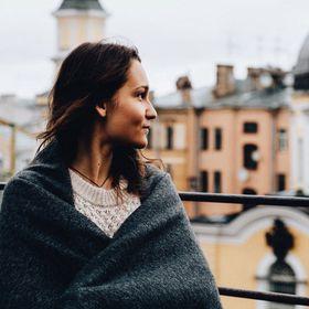 Angelika Grey