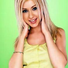 Caroline Lauren