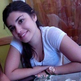 Laura Paschou