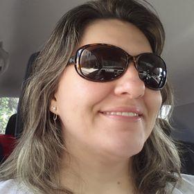 Isis Caroline Oliveira