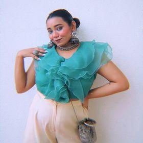 Sayanti Mahapatra   Curvy Girl Fashion