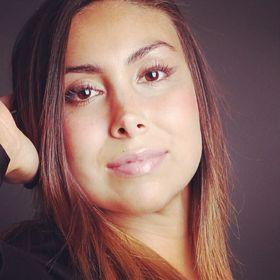 Daniela De Los Reyes