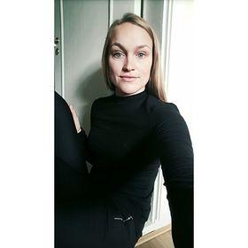 Anna Snoen