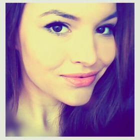 Christy Miturová