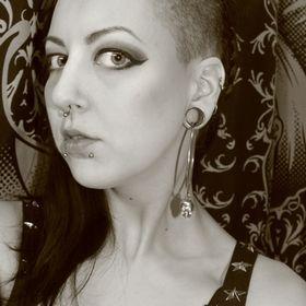 Henna Cantrell