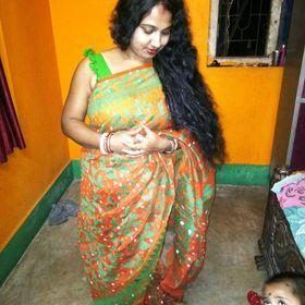 Rakhi soni