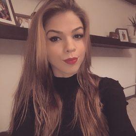 Vivien Molnár