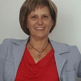 Kistamas Izabella