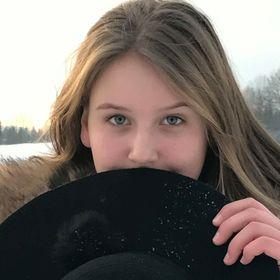 Natália Košútová