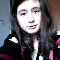 Yuna Caroline