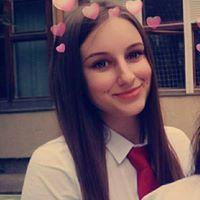 Alexandra Stuhár
