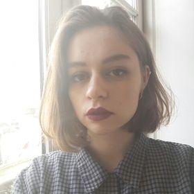Anna Quéru