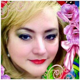 Lorena Carolina Fine Arts And Jewllery Making