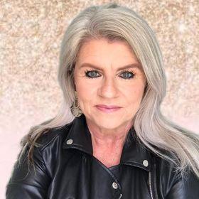 Ursula Brett Marketing