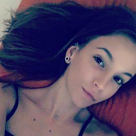 Jenni Leone