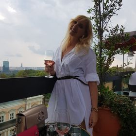 Helena Vujicic