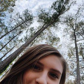 Shy teen karine upskirt outdoor — pic 12