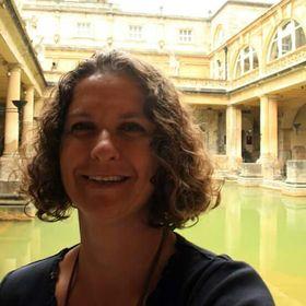 Sue Dee Vorster