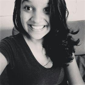 Giovanna Queiroz
