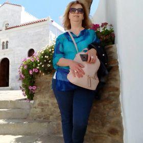 Chrysa Apostolou