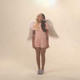 Aura- Valentina