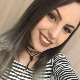Anna Camargo