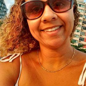 Lesandra Gomes