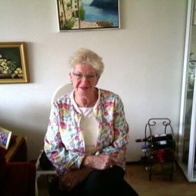 Tineke Oostervink