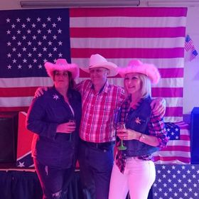 ULTIMATE COUNTRY SHOW UKs LEADING  WESTERN THEMED ENTERTAINERS