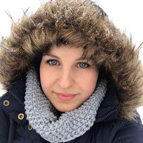 Alena Basti